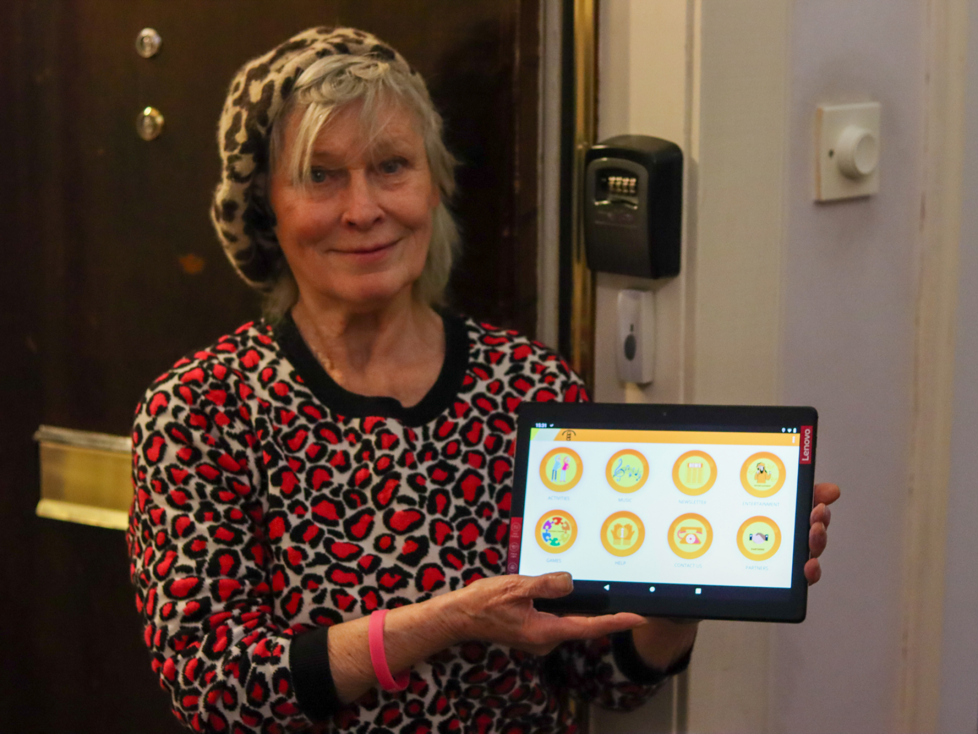 "Glasgow's Golden Generation ""techs"" the next step for older adults"